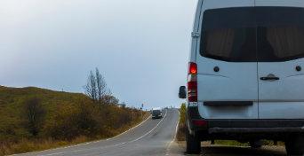 Usługi transportowe wynajem busów i autokarów